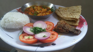 Prawns Curry Plate with Lake Fish Fry(1), with Roti Or Bhakri