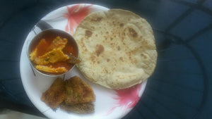 Besans Wadi Masala Curry with Chapati(3) or Bhakri