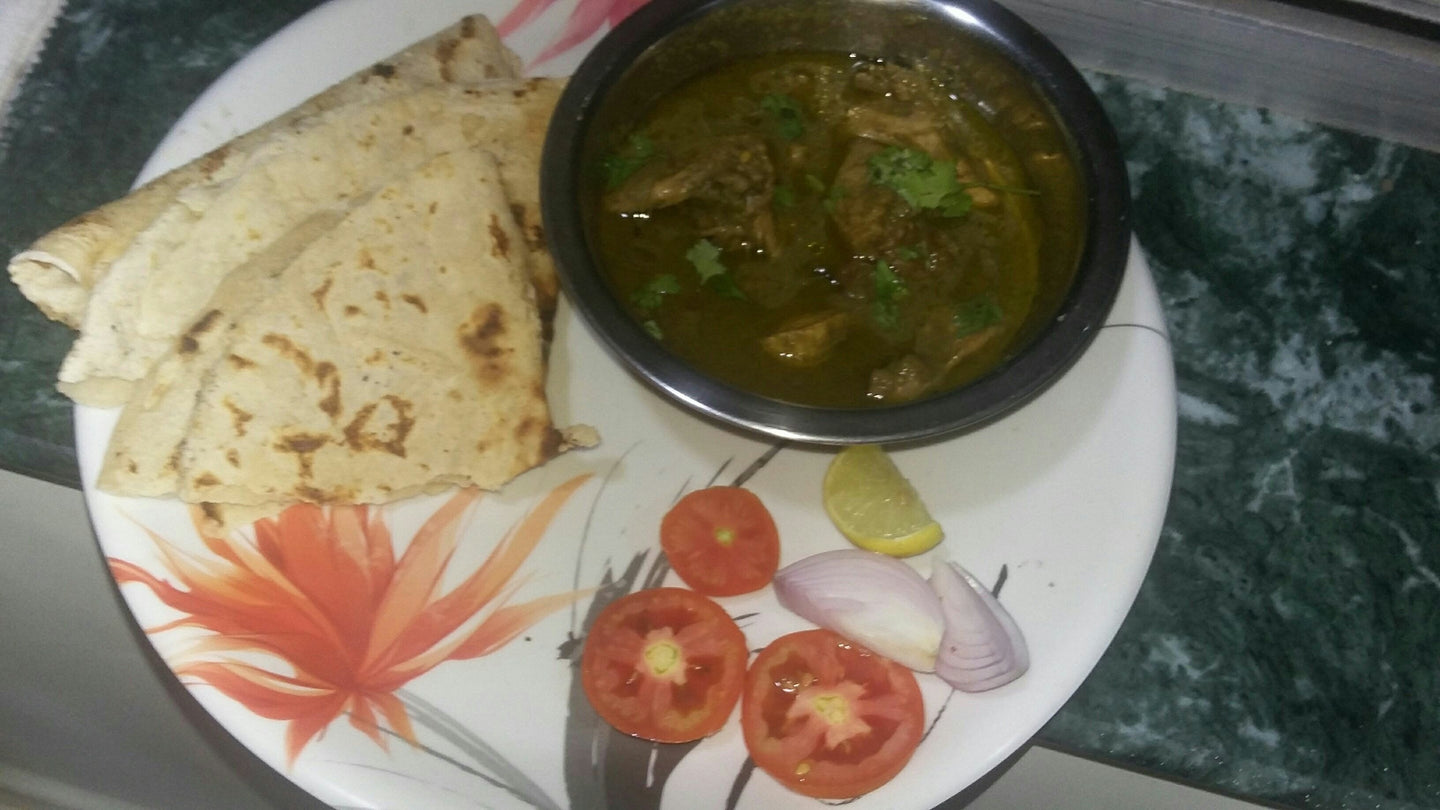 Chicken Curry with Roti(3),Rice,Salad.