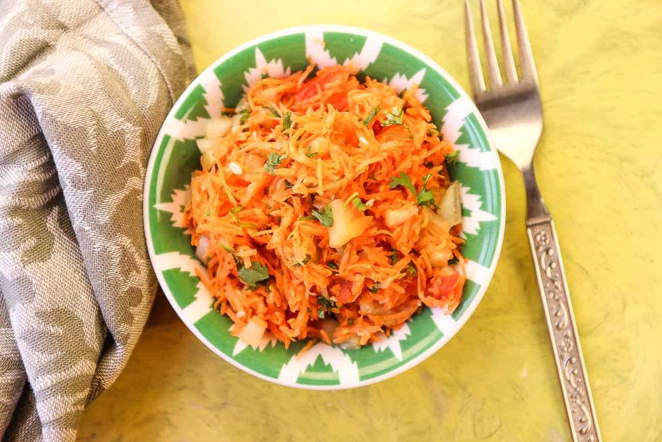 Homely Greens: Carrot Cucumber Tomato Salad