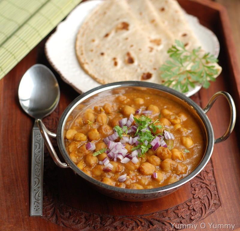 White Chole Sabji with Roti(3)