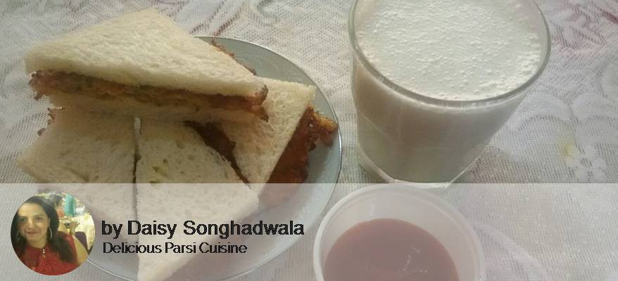 Egg Omlet Sandwich served with Tomato Ketchup, and Banana Milkshake -  - Homely - By Daisy Songhadwala
