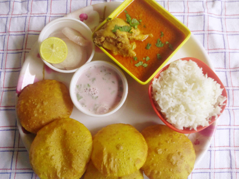 Komdi Wade (6), Chicken Curry, Rice, Solkadhi With Salad