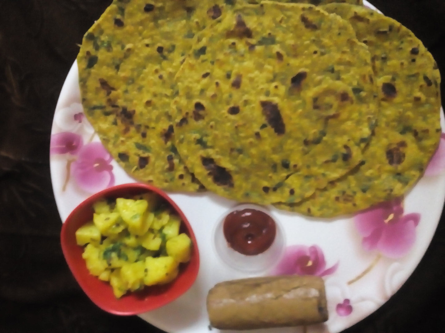 Methi thepla (4), Aloo ki sabji, Kechup & Chocolate Roll -  - Homely - By Asha Parab