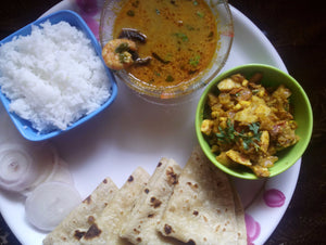 Prawns Masala Curry (Malvani) with Rice, Chapati, Boiled Egg Bhaji & Onion -  - Homely - By Asha Parab