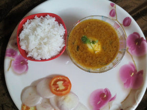 Egg Curry ( 1 or 2 eggs ) with Rice, Chapati (4) and Salad