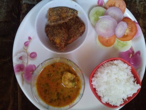 Prawns Curry with Rice, Chapati, Halwa Fry (2 nos) & Salad