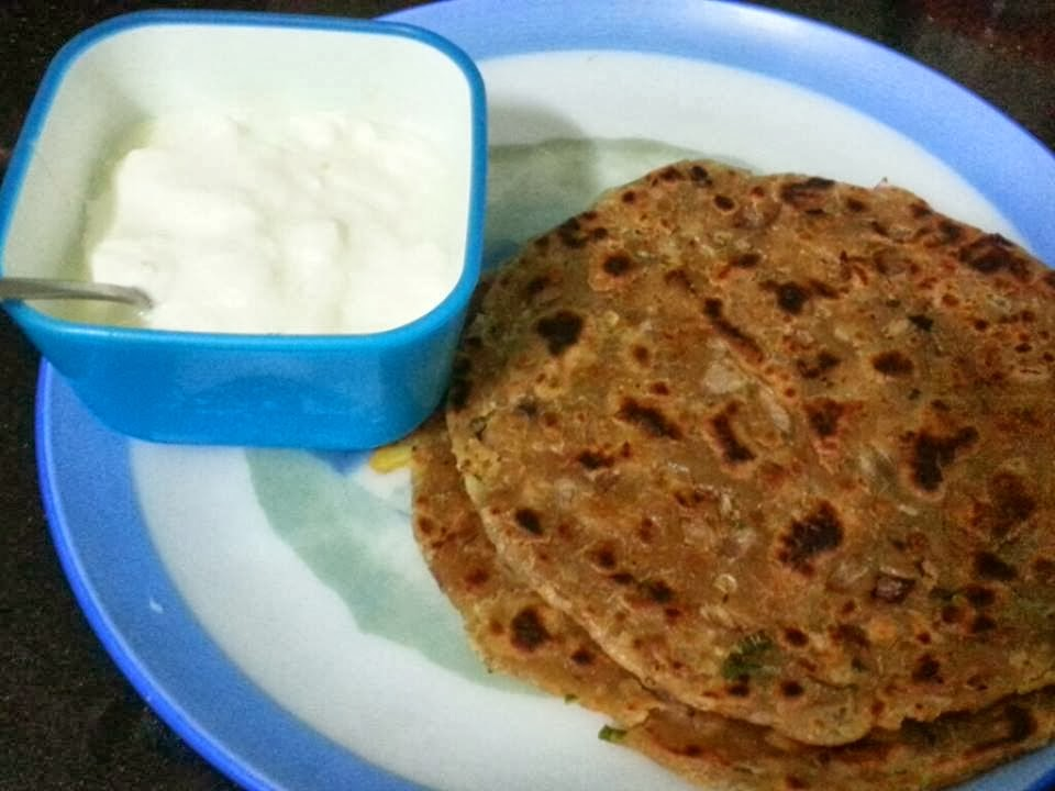 Sindhi Koki & Curd with Papad