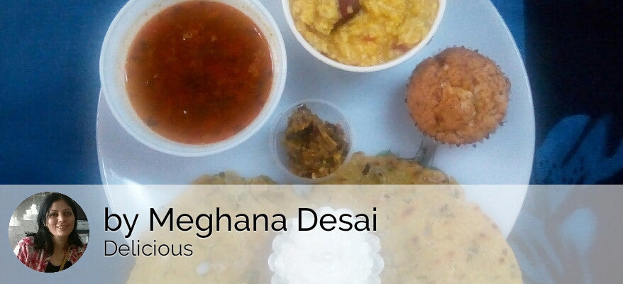 Jawar Thalipith with Fresh Homemade White Butter, Green Chilly Tomato Thecha with Dal Khichdi & Pepper Rasam & Banana Walnut Muffin -  - Homely - By Meghana Desai