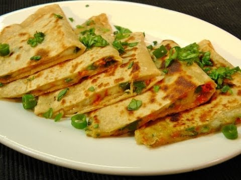 Spring Onion Paratha (3) with Curd & Sweet