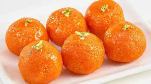 Motichoor Laddoo (Pack of 10 pc) - By Haribhai Kandoi