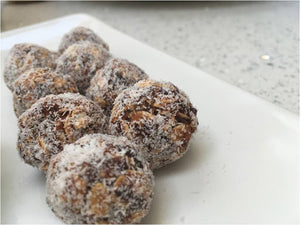 Date and Coconut Balls (250 Gm)