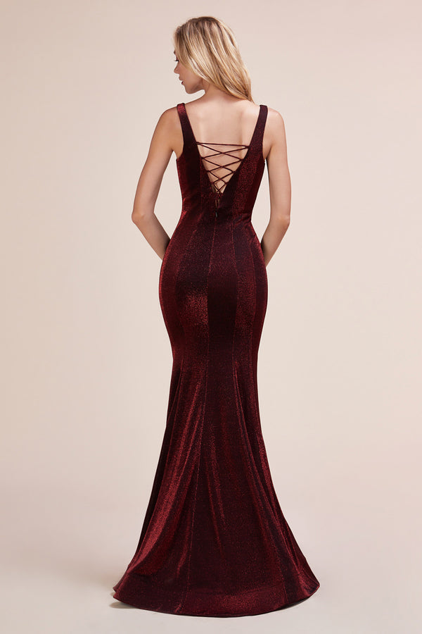 Elegant Mermiad fitted velvet pageant gown
