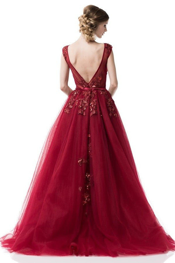 2018 Fairytale Prom Dress Long evening ball gown in Burgundy