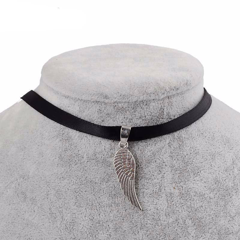 Wing Choker necklace - Rave Rebel