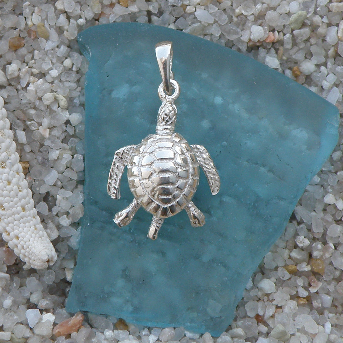 a228ce5a871eb Sterling silver Sea Turtle Charm with movable legs