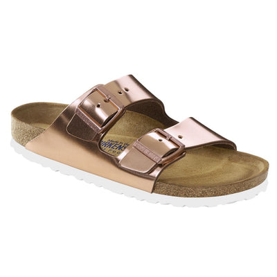 Birkenstock Classic, Arizona, Smooth Leather Regular Fit, Soft Footbed, Metallic Copper Sandals Birkenstock Classic Metallic Copper 35