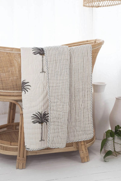 Cot quilt cotton filled grey palm
