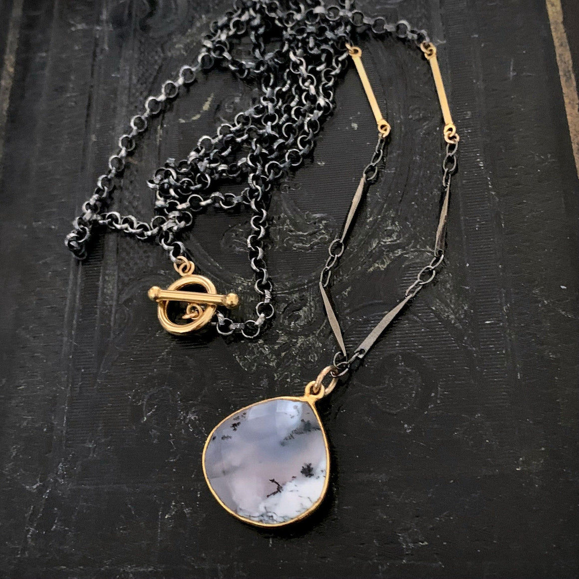 Agate Stone Pendant Black Chain Gold Toggle Clasp Necklace - ViaLove Designs
