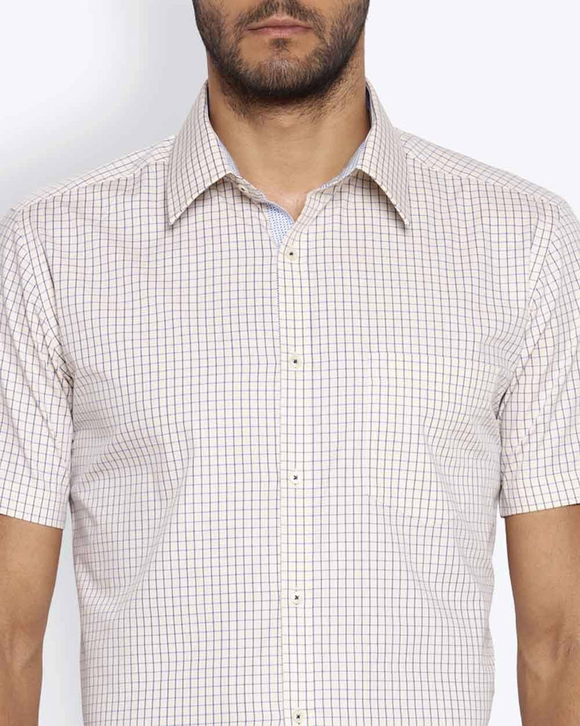 Park Avenue Medium Fawn Slim Fit Shirt