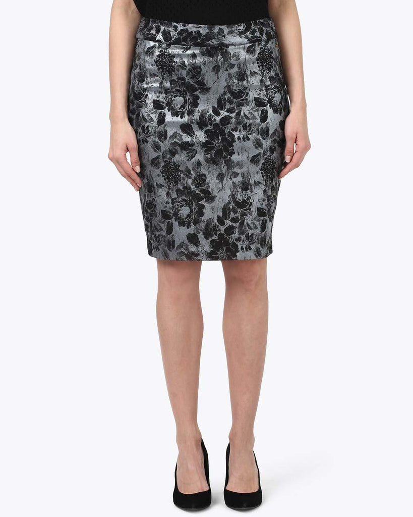 Park Avenue Woman Black Regular Fit Skirt