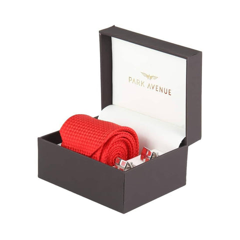 Park Avenue Red Regular Fit Giftsets