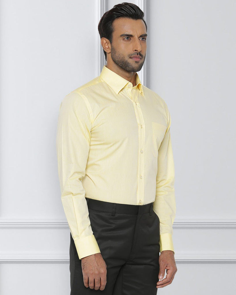 Raymond Medium Yellow Contemporary Fit Shirt