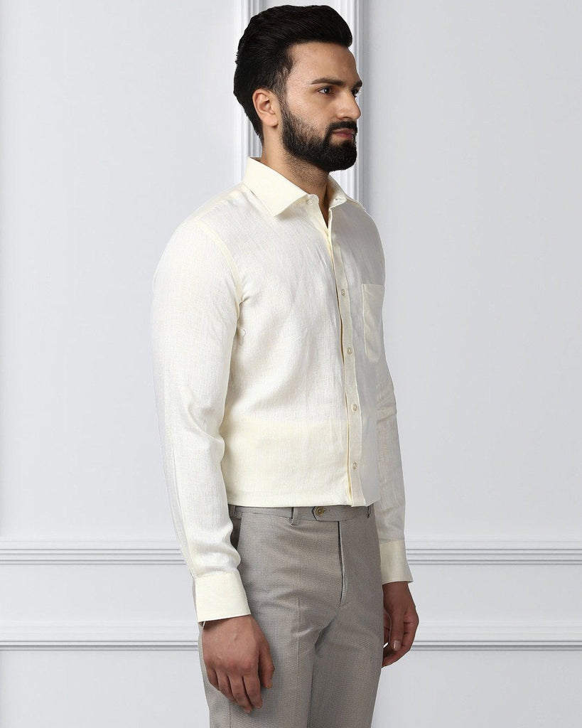 Raymond yellow Contemporary Fit Shirt