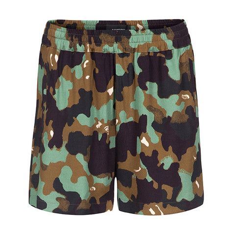 LEWIS GREEN // Shorts