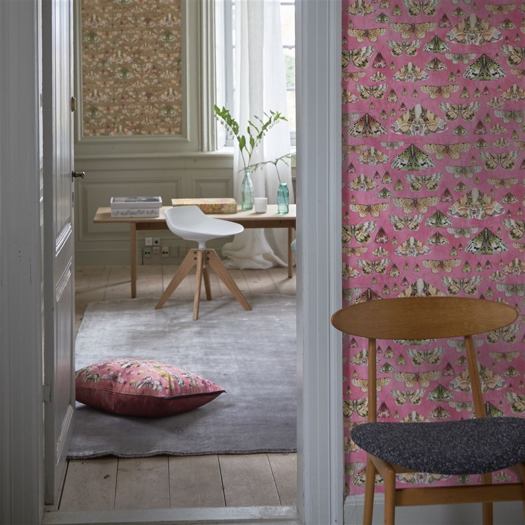 Designers Guild Issoria - Rose Wallpaper Wallpaper