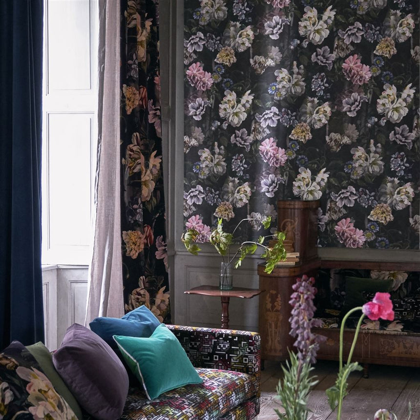 Designers Guild Delft Flower Grande Graphite Wallpaper