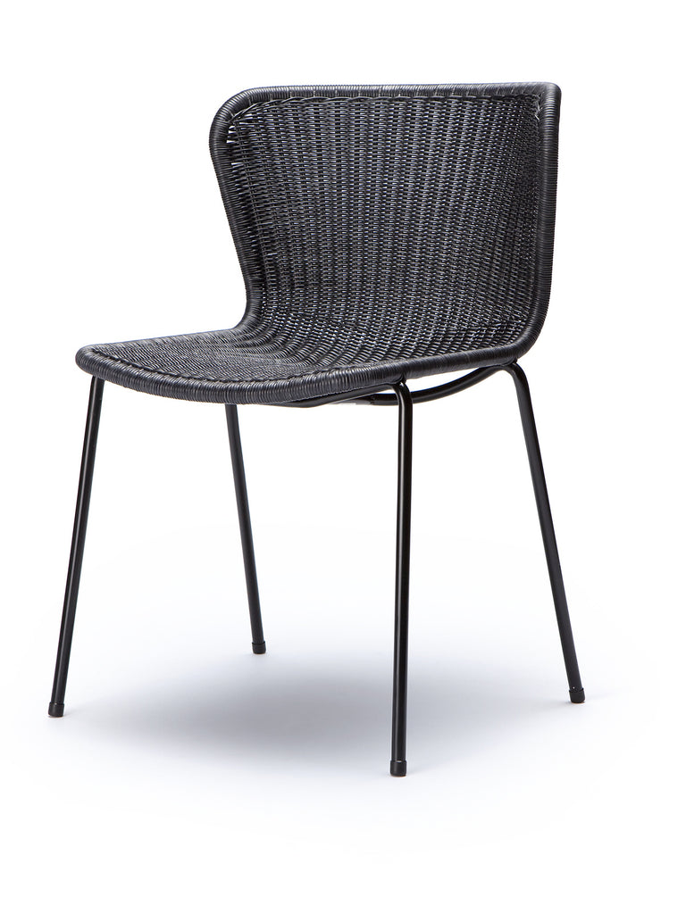 C603 chair indoor (charcoal rattan) front angle