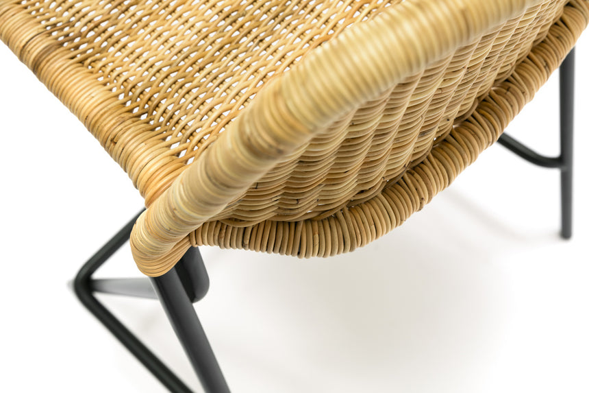 Kakī stool with backrest (natural rattan slimit) close up