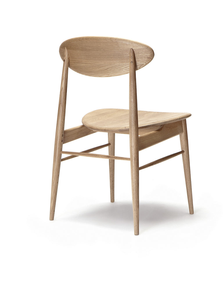 chair 170 (natural oak) back angle