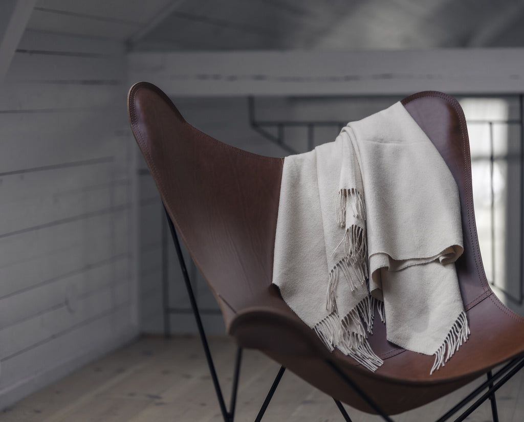 Pampa Mariposa Chocolate Leather Chair