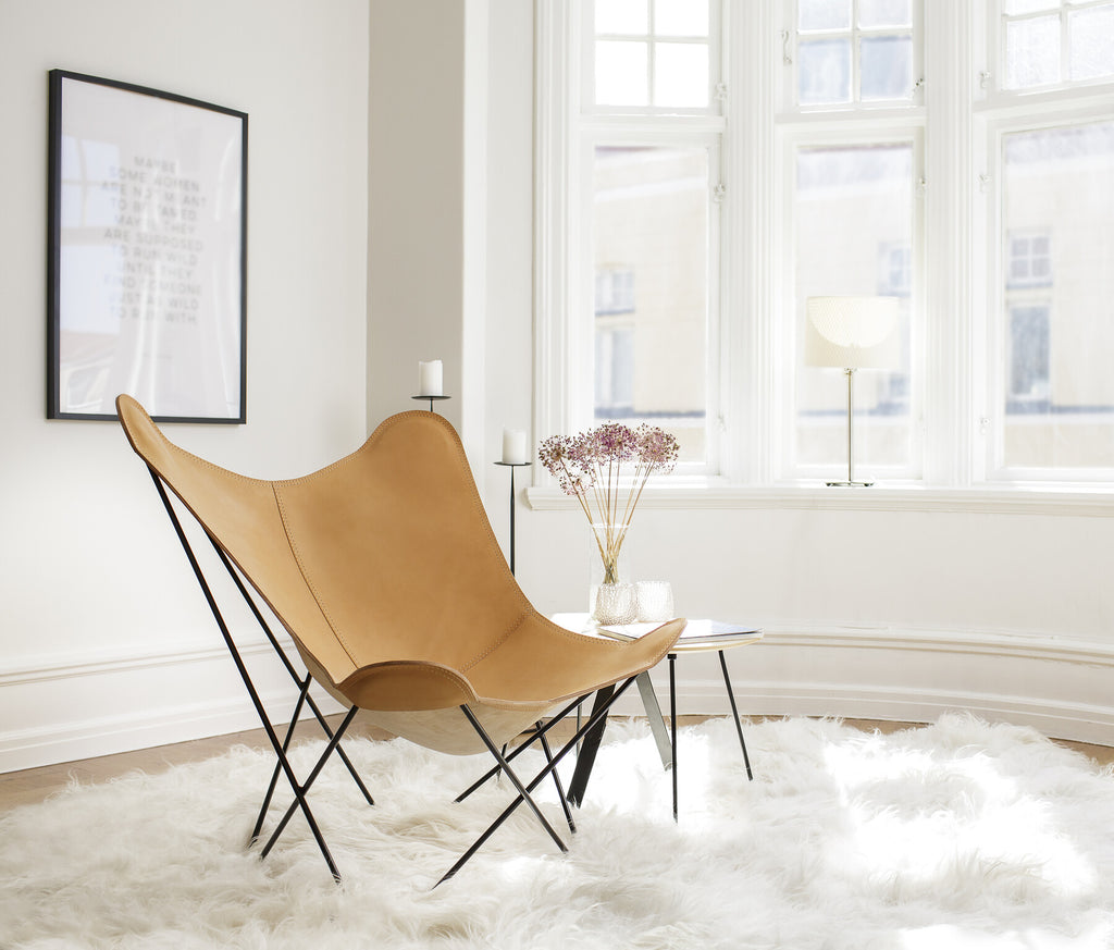 Pampa Mariposa Crude Natural Leather Chair