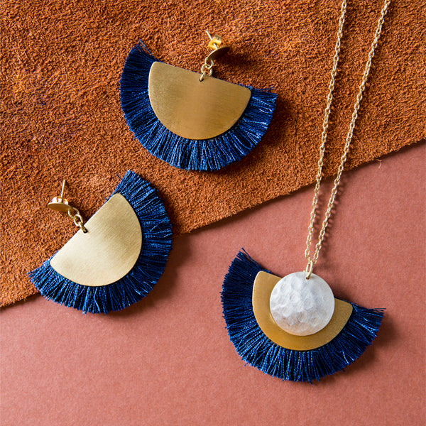 Vitana Cosmos Necklace - Blue
