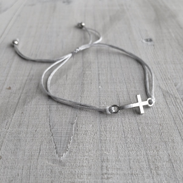 Little Wish Bracelet: Cross