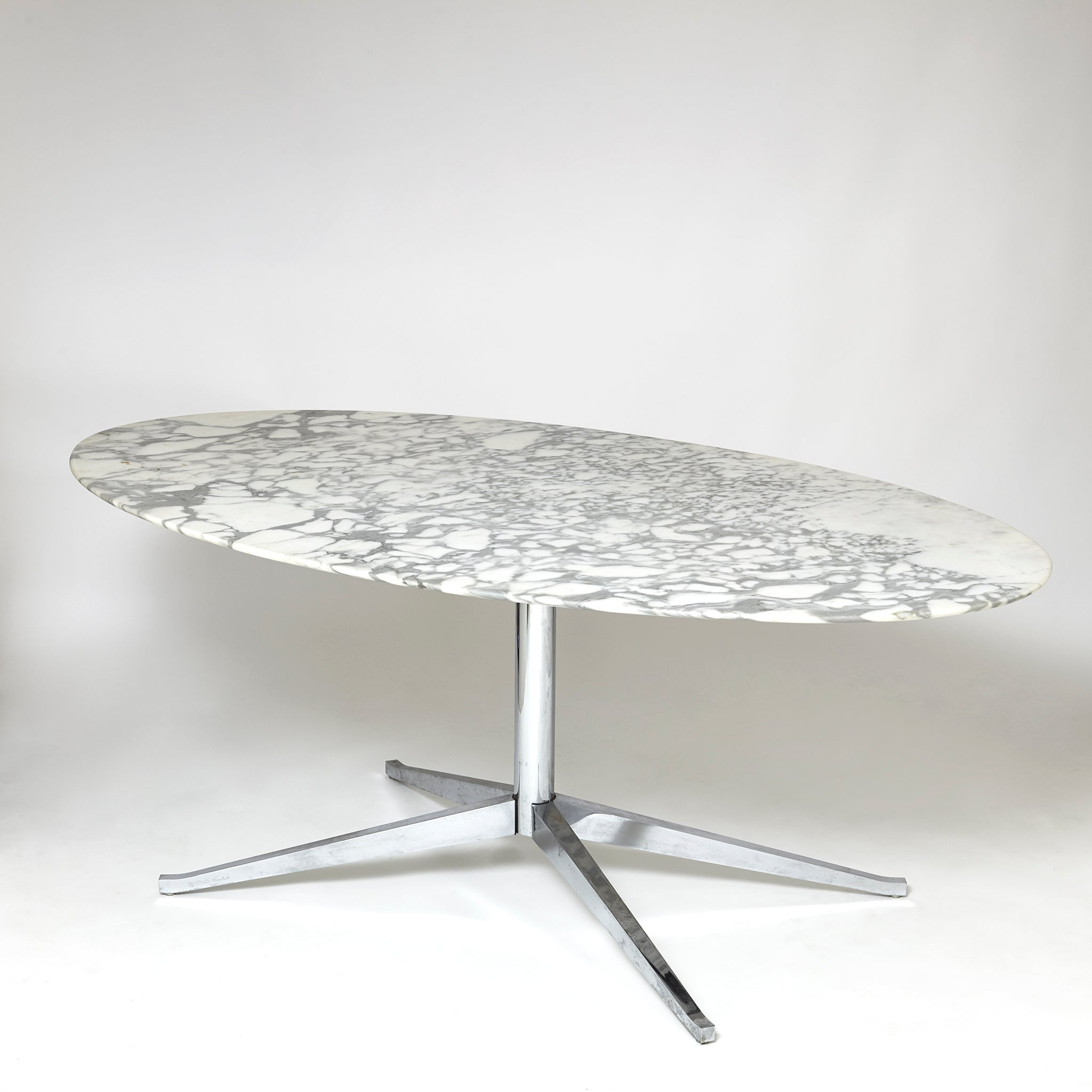Oval Carrara marble table by Florence Knoll  circa 1980 .