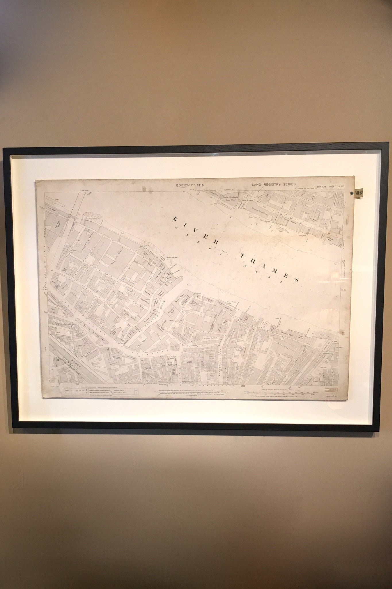 X Framed original 1919 land registry Map of Tower Bridge and the surrounding area.