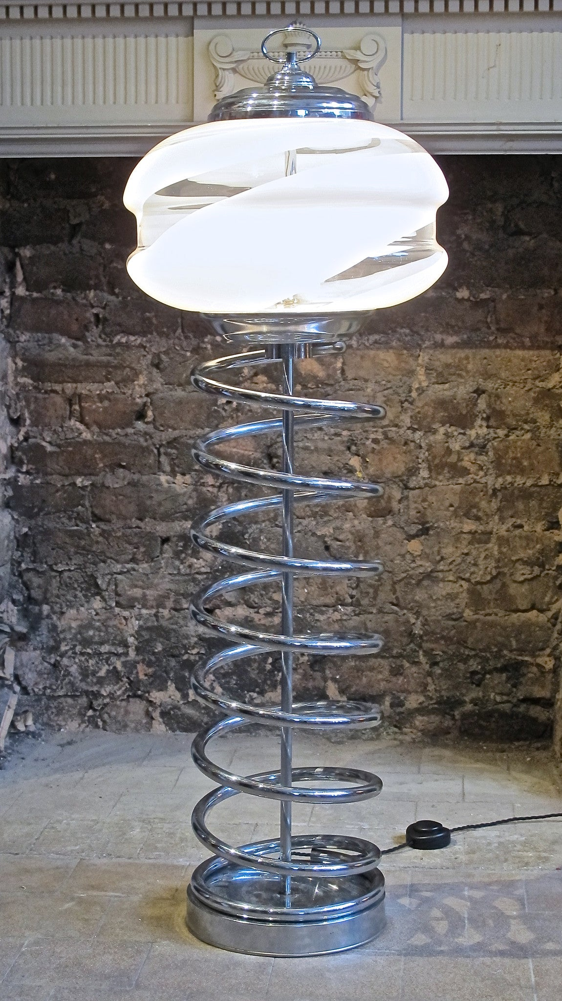 X A chrome and glass italian floor Lamp circa 1970