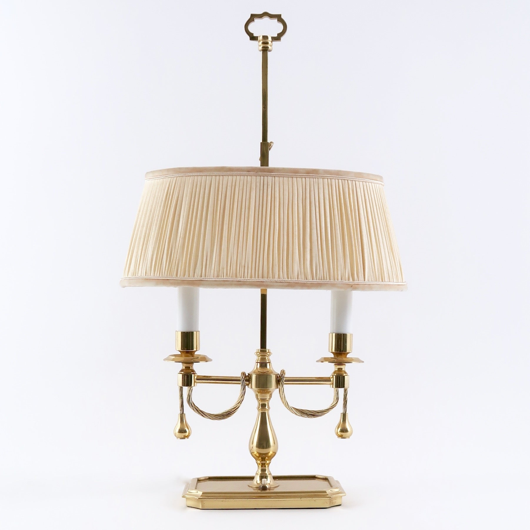 Polished brass table lamp in the french 'bouilotte' style.
