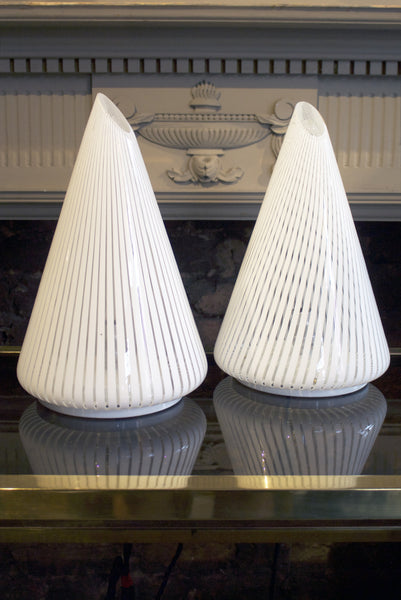 X Pair of glass cone lights