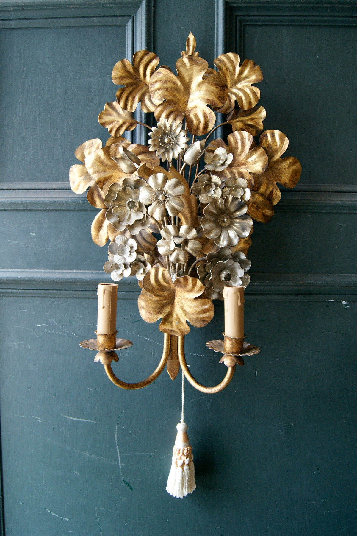 Gold Flower Bouquet Wall Light