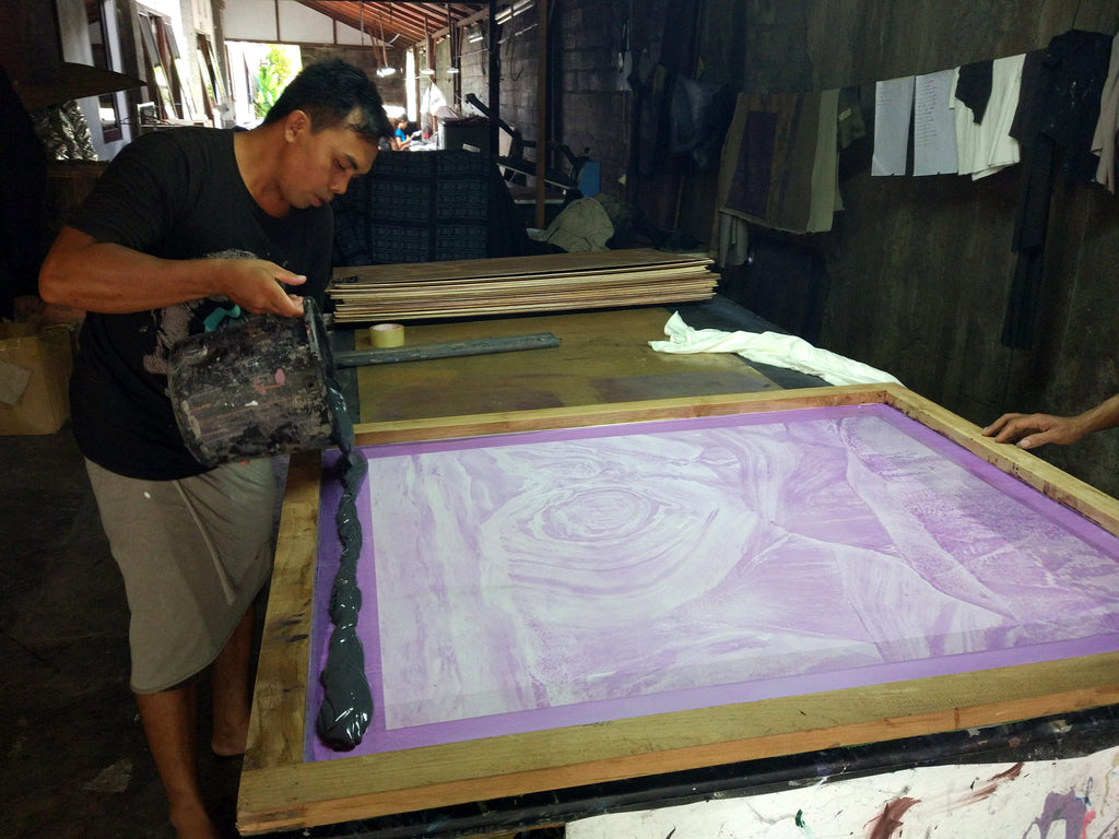 This is how we do it! Psylo Fashion Screen Printing