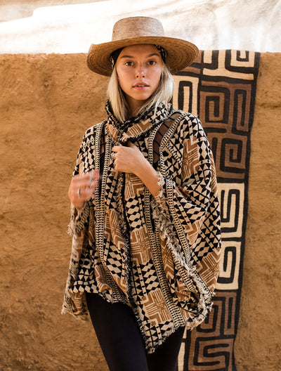 Arrow Poncho by Alekai