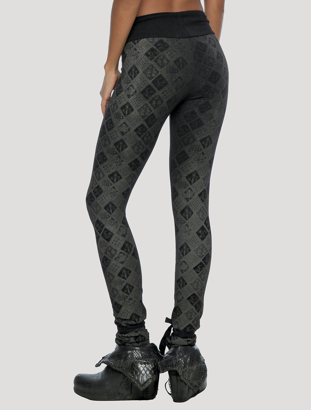 Psylo Fashion's Batik Leggings streetwear organic yoga leggings