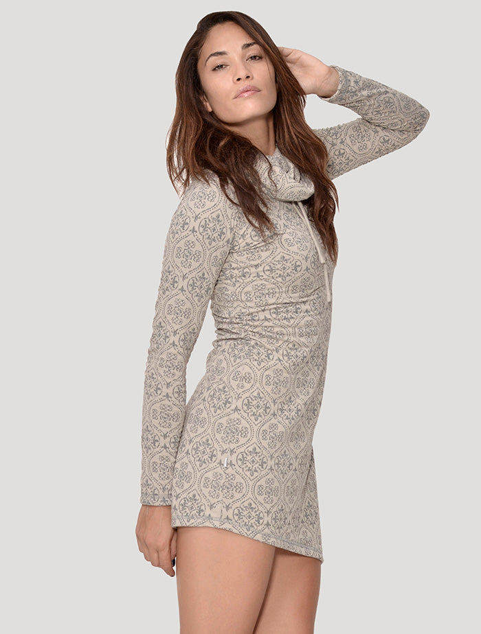 Livia' Long Sleeves Turtleneck Dress