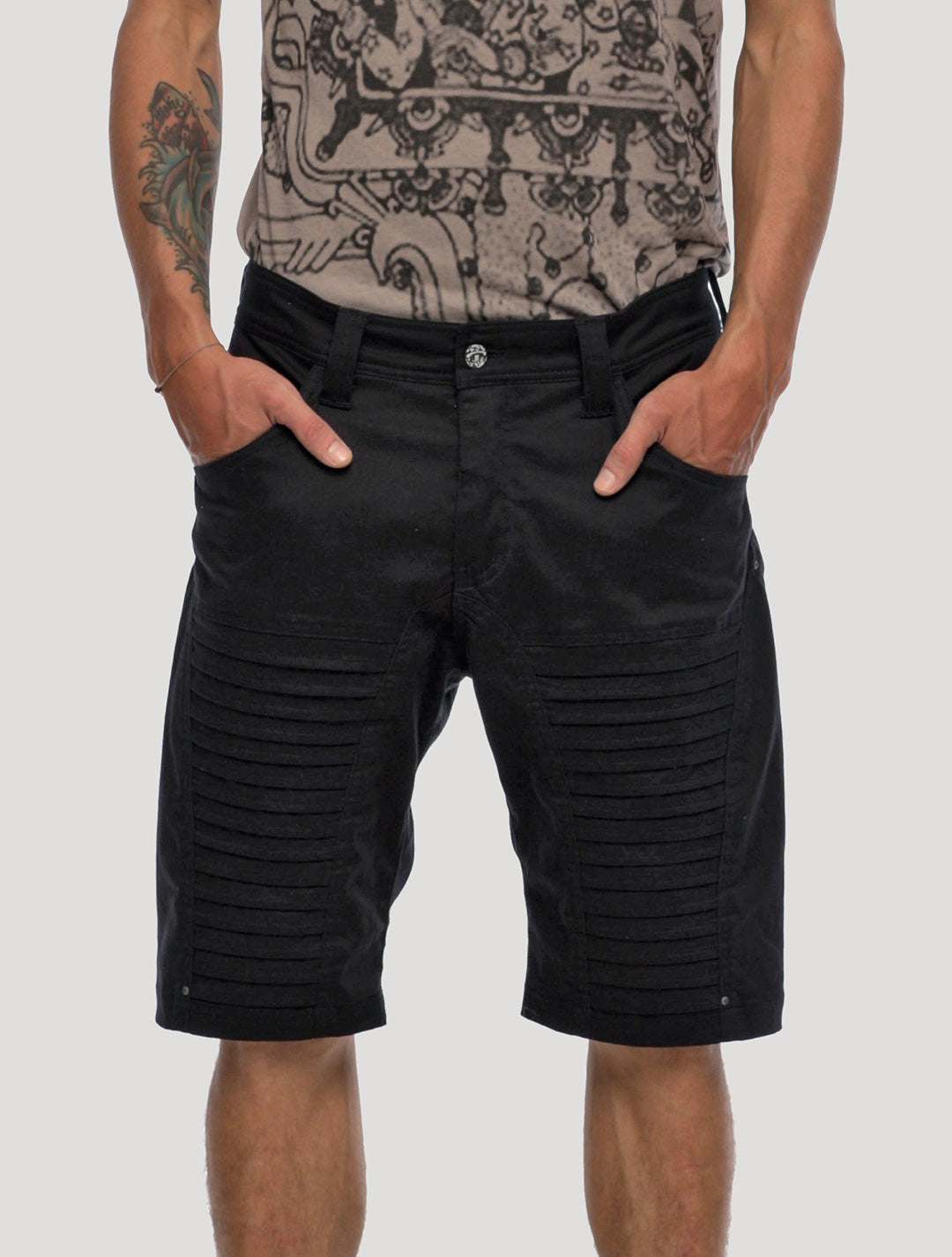 Zuberi Shorts