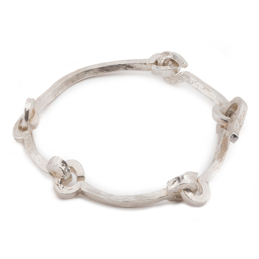 Statement Bracelet with knot chain